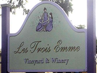 les-trois-emmes-winery-and-vineyard-ma