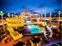 the-summer-club-waterpark-ma
