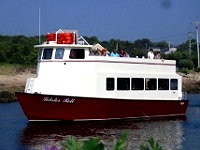 lobster-roll-cruises-dinner-cruises-ma